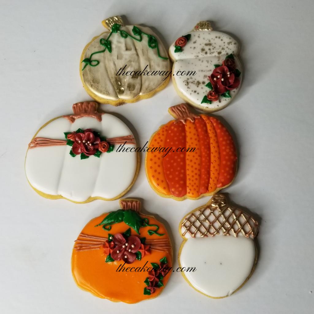 Pumpkin Cookies by The CakeWay