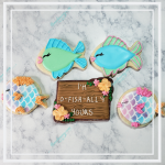 How to Decorate Fish Cookies | https://thecakeway.com/how-to-decorate-fish-cookies-for-valentine's-day/